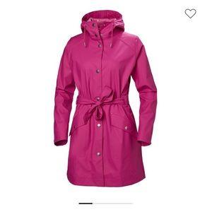 Hello Hansen raincoat. New with tags.